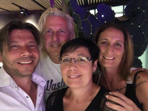 Christian Duss mit schwiizerMix & Team Iris und Vero